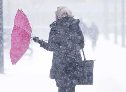 В выходные в Омской области будет сильный ветер и мокрый снег