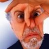«Так испаряется дух прежнего правительства»: омичи обсуждают странный запах на Левобережье