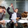 Омичи часто сталкиваются с обманом при поиске работы