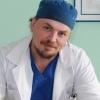 Омский врач научился ускорять лечение переломов локтя