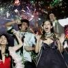 Новогодние гирлянды и бенгальские огни могут стать угрозой для жизни