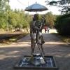 В Омске для молодоженов установили фонтан