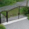 Какие именно ворота понадобятся на загородном участке