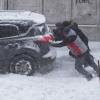 Жители Омска жалуются на отсутствие техники на улицах в снегопад