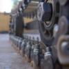 На «Омсктрансмаше» гусеницы для танков будут собирать роботы