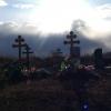 В Омской области приставы заставили бизнесвумен исправить дефекты при установке надгробия
