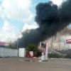 В Омске у заправки на Семиреченской горит автоцистерна
