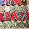 В Омской области вор-рецидивист украл у 93-летней пенсионерки медали ветерана войны