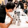 Сделать селфи с роботом можно на выставке в Омске