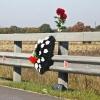 На юге Омской области «Лада» опрокинулась в кювет, 22-летний водитель погиб на месте