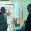 Бурков неожиданно заехал в омскую больницу имени Кабанова