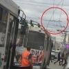 В Омске на проспекте Маркса оторвало троллейбусные провода