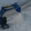 В Омске более 400 спецмашин убирали снег
