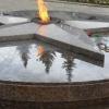 Стало известно, когда отремонтируют треснувшую плиту Вечного огня в Омске