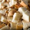 В Омске двухлетняя девочка задохнулась от хлебных крошек
