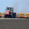 Несмотря на погоду, омские аграрии должны завершить посев до 28 мая