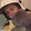 Омские спасатели вызволили из вентиляционной шахты усатого заложника