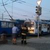 В Омске у Театральной площади загорелись троллейбусные провода
