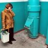В омской многоэтажке заварили мусоропровод для борьбы с крысами