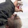 Омичи подрывают алкогольный бизнес употреблением суррогатов