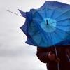 Жителей Омской области предупреждают о сильных порывах ветра