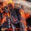 В Омске в пожаре погиб отец, пытавшийся спасти дочь