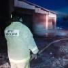 На окраине Омска сгорели дом и сараи владельца ритуальной службы