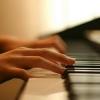 Почему стоит научиться играть на фортепиано?