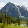 Омский турист получил тяжелые травмы в горах Алтая – его эвакуировали вертолетом