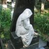 Памятники способны меняться