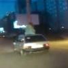 За перевозку девушки на крыше ВАЗа молодому омичу грозит штраф