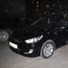 Омич не дал аферистке скрыться с его деньгами, прыгнув на капот ее машины