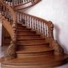 Какую лестницу выбрать для деревянного дома