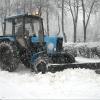 Омские дорожники после снегопада работают круглосуточно