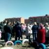 Более 300 омичей вышли на митинг в «Ясной Поляне», требуя построить школу