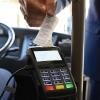 Не все омские маршрутки готовы принимать безналичную оплату за проезд