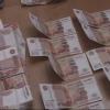 При задержании фальшивомонетчики выбросили из окна омской квартиры 6 млн рублей