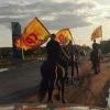 Омичи высмеяли предвыборных агитаторов на лошадях