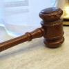 Омской прокуратуре через суд пришлось лишать единоросса мандата