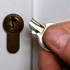 Что делать, если ключ сломался внутри замка?