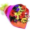 Почему всем приятно получать цветы в подарок?