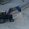 Сельские дорожники помогли очистить от снега 26 улиц в Омске