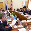 Виктор Назаров предложил руководящему звену убирать лопатами снег с омских дорог