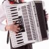 Молодой слепой музыкант из Омска передал свой гонорар на строительство «Дома радужного детства»