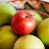 В Омске за сентябрь подешевели фрукты и мясо