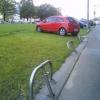 Омским водителям хотят запретить парковки на газонах