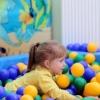 В омском аэропорту открыли детский бассейн с шариками