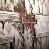 Разрушающийся актовый зал омской школы №96 закрыли на 90 суток