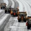 Омские дорожники ускоряются в уборке снега