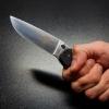 Омич порезал себя ножом, чтобы посадить сожительницу